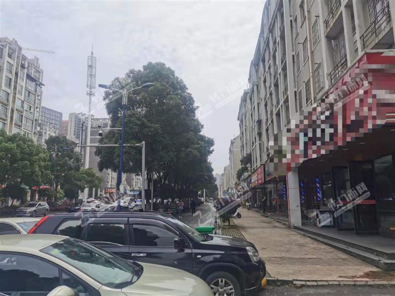 急转铁道学院400平米临街8年餐饮旺铺